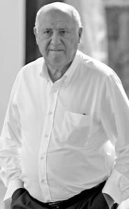 El dueño de Inditex, Amancio Ortega, ha sido calificado por Forbes como la tercera fortuna mundial / EFE