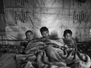 Niños sirios en el campamento de refugiados de Bekaa Valley (Líbano) / MOISES SAMAN, Magnum