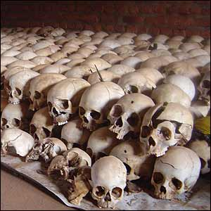 Cráneos en Ntarama. Diana Zileri, BBC Mundo