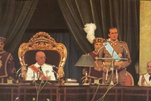El dictador Francisco Franco nombró a Juan Carlos como su sucesor en 1969