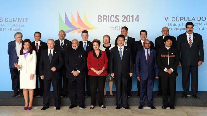 Los mandatarios latinoamericanos y los BRICS en la Cumbre celebrada en Brasilia