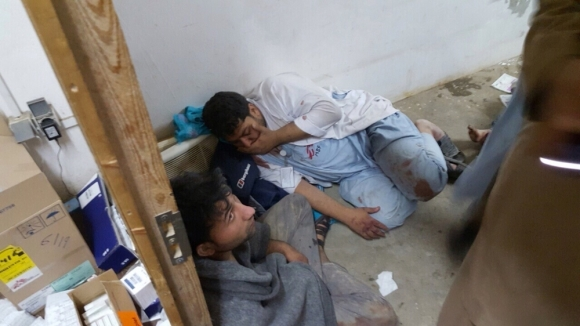 Personal de MSF tras el ataque al centro de Kunduz / MSF
