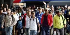 Refugiados a su llegada a la estación de tren de Munich / Sven Hoppe, EFE
